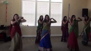 getlinkyoutube.com-Radha Teri Chunari Dance at Jigna And Hely's Supri