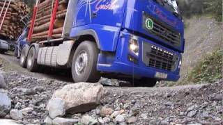 getlinkyoutube.com-Holztransporter Volvo FH 16