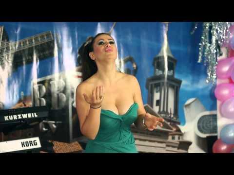 Aneta Nakovska - James Bond
