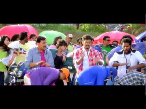 Ilayathalapathy Vijay's stylish intro in Rowdy Rathore Chinta Ta Song