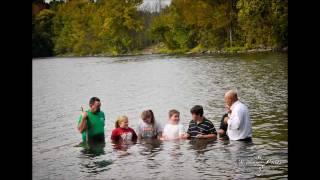 getlinkyoutube.com-Baptism In The Tennessee River, Bethany Baptist Church, Scottsboro, Alabama