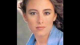 getlinkyoutube.com-Biographie de Marie-Soleil Tougas à Canal D