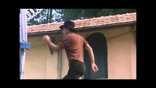 getlinkyoutube.com-Adriano Celentano beim Weinstampfen