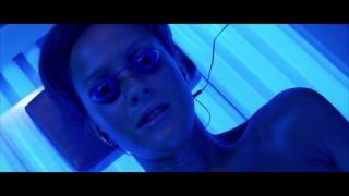 getlinkyoutube.com-Final Destination 3 - Tanning Bed Reverse