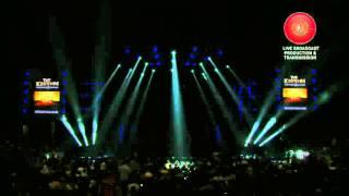 getlinkyoutube.com-The Kingdom Daddy Yankee VS Don Omar 4 de Diciembre 2015