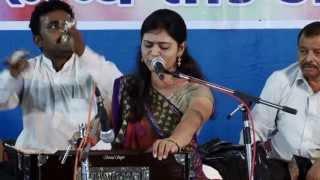 getlinkyoutube.com-Urvashi Radadiya-Lok geet-Unchi talawadi ni kor......