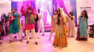 getlinkyoutube.com-Sonia and Hamza's Mehndi--Guy/Girl Dance