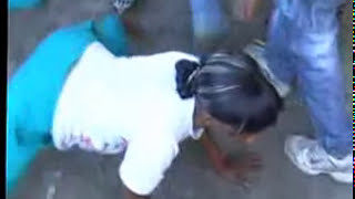 getlinkyoutube.com-African Sexy Dance - Tribal Hot Twerk - Baikoko - Sabar Fesses à l'air TZ !!
