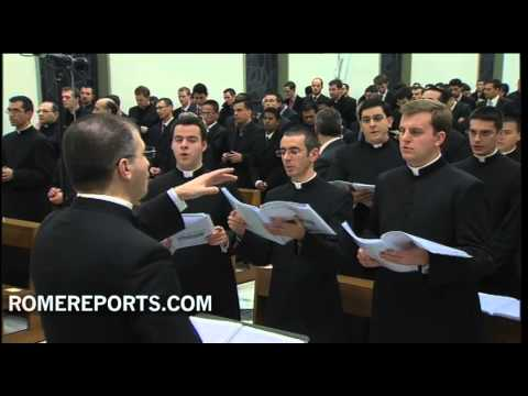 Pope visits seminarians in Rome