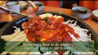 getlinkyoutube.com-This is Korea - Dakgalbi (닭갈비)