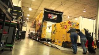 getlinkyoutube.com-Insider: Kyle Busch's M&M'S Hauler Heads for Daytona!