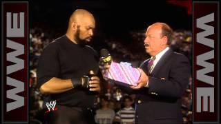 getlinkyoutube.com-Jake Roberts has a present for Bad News Brown: Wrestling Challenge, April 22, 1990