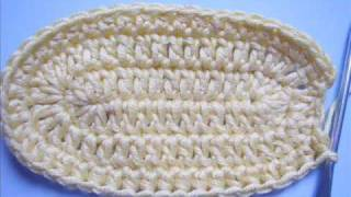 getlinkyoutube.com-Instructions: Crochet baby booties Part 1
