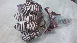 getlinkyoutube.com-Buquê de morangos banhados no chocolate. Especial dia dos namorados.