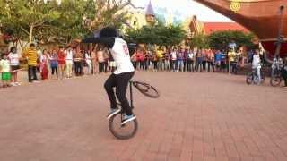 getlinkyoutube.com-Adlabs Imagica Cycle Stunts