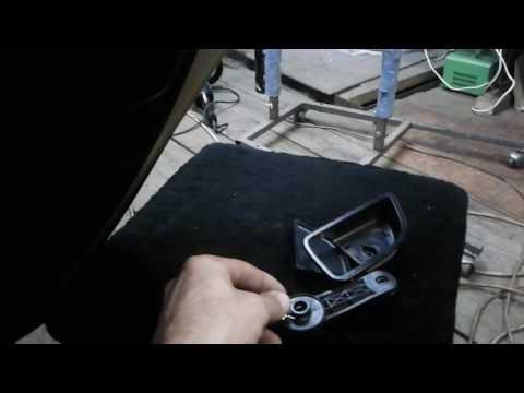 Разборка обшивки задней двери на Kia Rio