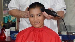 getlinkyoutube.com-Woman barbershop buzzcut