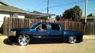getlinkyoutube.com-Mayhem click silverado bagged layin frame