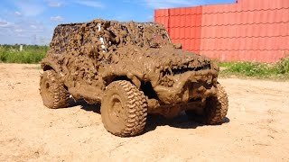 getlinkyoutube.com-RC Jeep Wrangler in Hard Mud Axial scx10