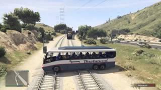 getlinkyoutube.com-GTA V : trains hits car and trucks # 1