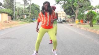 getlinkyoutube.com-D2 - Azonto Vs Alkayida (Divas Edition) [Red Card Dance Video]