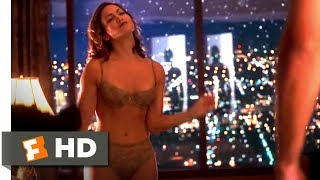 getlinkyoutube.com-Out of Sight (8/10) Movie CLIP - Hotel Strip Tease (1998) HD
