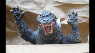 getlinkyoutube.com-Godzilla Unboxes Godzilla