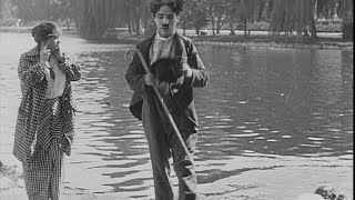 Charlie Chaplin in RECREATION (1914)
