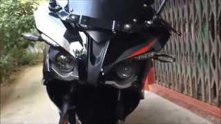 getlinkyoutube.com-Pulsar RS 200 (Demon Black) (HD)