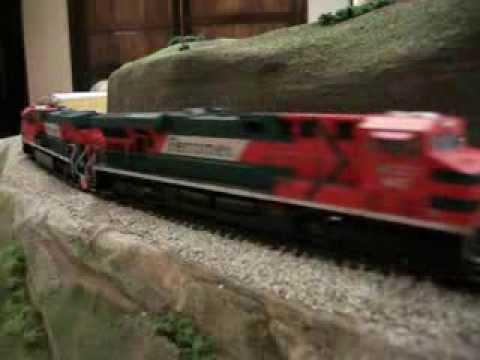 Tren Ho automotriz con maquinas Ferromex maqueta 01