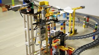 getlinkyoutube.com-LEGO MINDSTORMS Goldberg machine (The giant Santa's Workshop) by 뿡대디