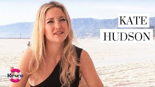getlinkyoutube.com-Kate Hudson and Goldie Hawn Behind the Scenes: Almay Mother's Day Tribute