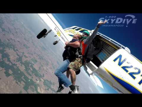 Jake Vince's Tandem skydive!