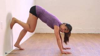 getlinkyoutube.com-Workout Series: How to Master the Handstand