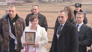 getlinkyoutube.com-На власні очі. Зіпсоване весілля - подарунок нареченим від УПЦ КП