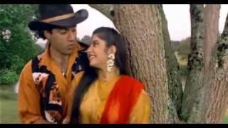 Aankhon Mein Hai Kya [Full Video Song] (HQ) - Vishwatma