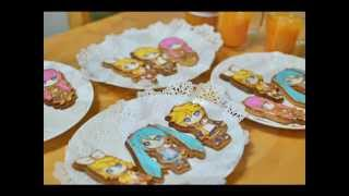 getlinkyoutube.com-Hatsune Miku sugar icing cookies 初音ミク アイシングクッキー