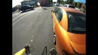 getlinkyoutube.com-Police Edit: Aggressive Driver tries to hit cyclist! AQY445 Road Rage