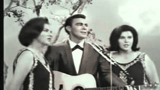 getlinkyoutube.com-The Browns - Three Bells (The Grand Ole Opry)