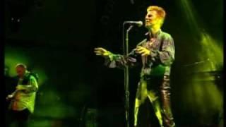 "getlinkyoutube.com-DAVID BOWIE - ""HEROES"" - LIVE LORELEY 1996 - HQ"