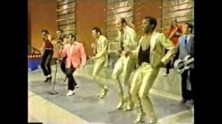 getlinkyoutube.com-Sha Na Na ~Land of a Thousand Dances
