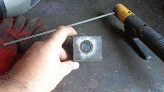 Как электродом прорезать ровное отверстие.