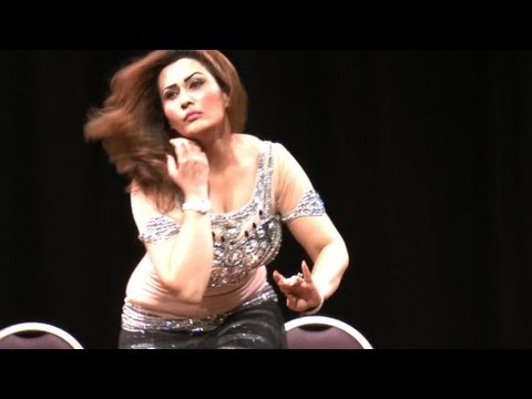 Nargis super Hot Mujra Dance HD