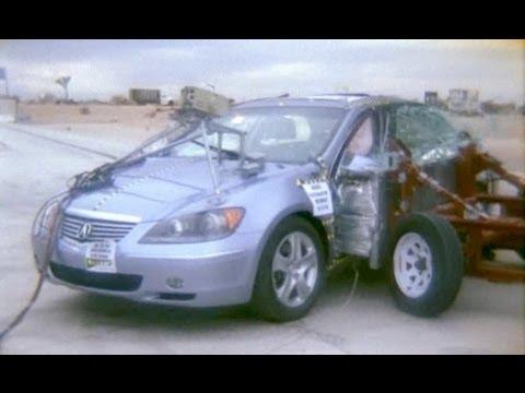 2005 Acura RL | Side Crash Test by NHTSA | CrashNet1