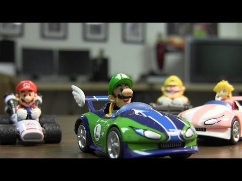 CGR Undertow - MARIO KART PULL-BACK RACERS Toy Review