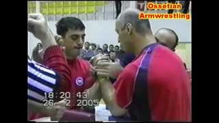 getlinkyoutube.com-Чемпионат РСО - Алания по армрестлингу 2005