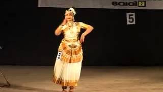 getlinkyoutube.com-Archithaanish mohiniyattam