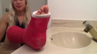 Washing | cleaning your foot with a cast