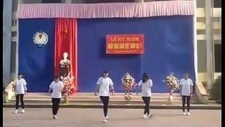 getlinkyoutube.com-Nhảy Cwalk Dance Shuffle Poping A2K51 THPT Thái Hoà
