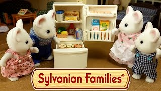 getlinkyoutube.com-Холодильник Сильваниан Фэмилис Мультфильм из игрушек и обзор на русском языке